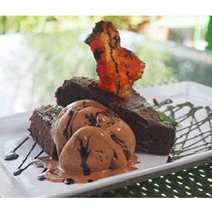 Vote For Chez Zee for The Austin Chronicle Best Dessert Tonight