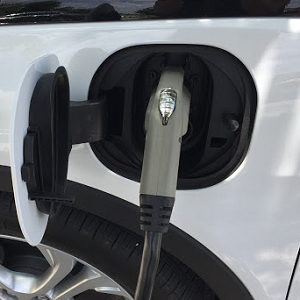 Austin EcoNetwork Guide to Buying An Electric Car